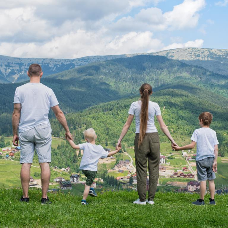 PPMW | Parenting on holiday
